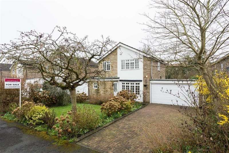 4 Bedrooms Detached House for sale in Firbeck Road, Bramham, LS23