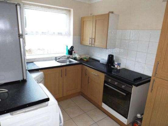 3 Bedrooms House for sale in Durban Road, Haringey, London N17