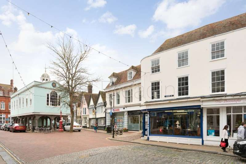 2 Bedrooms Apartment Flat for sale in Court Street, Faversham, ME13