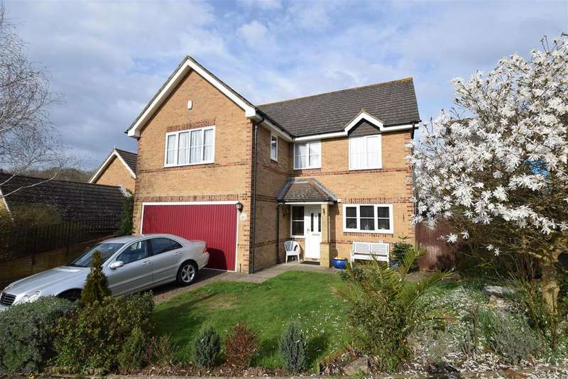 4 Bedrooms Detached House for sale in Rushmere Rise, St. Leonards-On-Sea