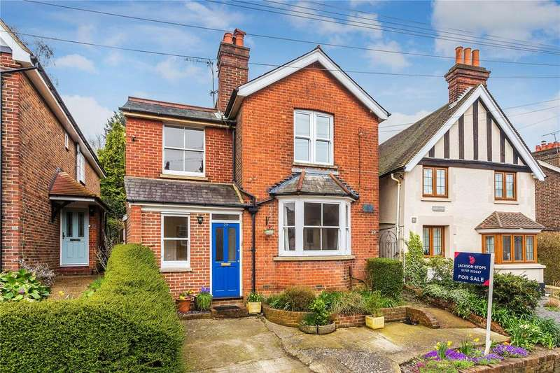 4 Bedrooms Detached House for sale in Somerset Road, Redhill, Surrey, RH1