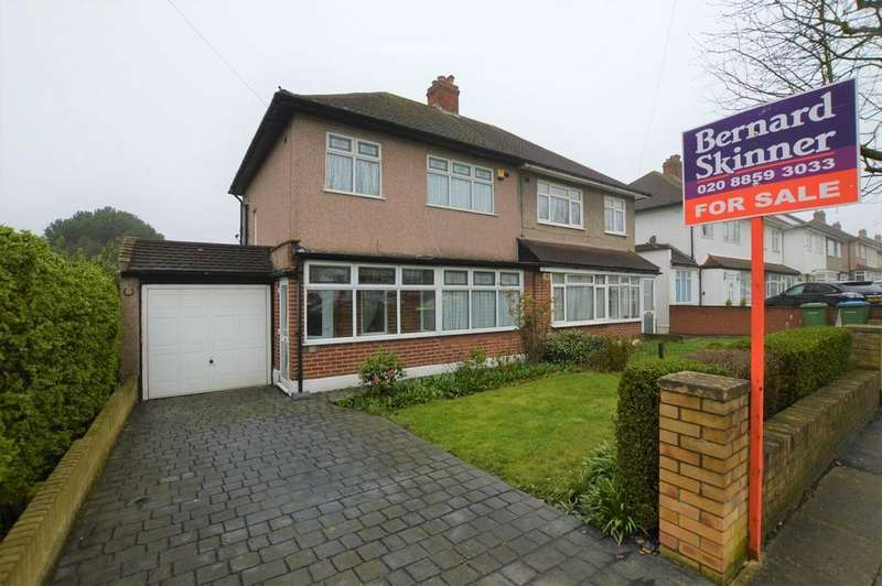 3 Bedrooms Semi Detached House for sale in Abroath Road, Eltham SE9
