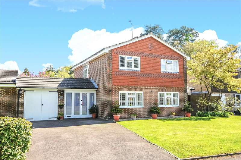 4 Bedrooms Detached House for sale in Lily Hill Road, Bracknell, Berkshire, RG12