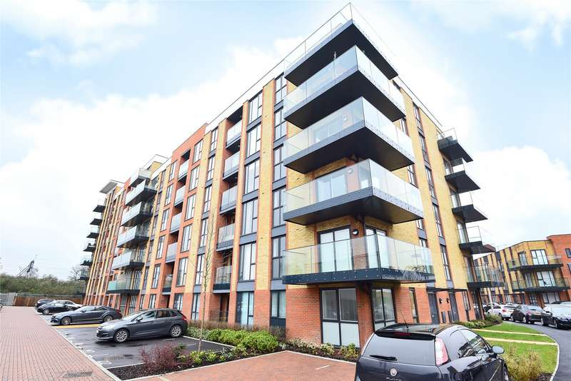 2 Bedrooms Apartment Flat for sale in Oscar Wilde Road, Reading, Berkshire, RG1