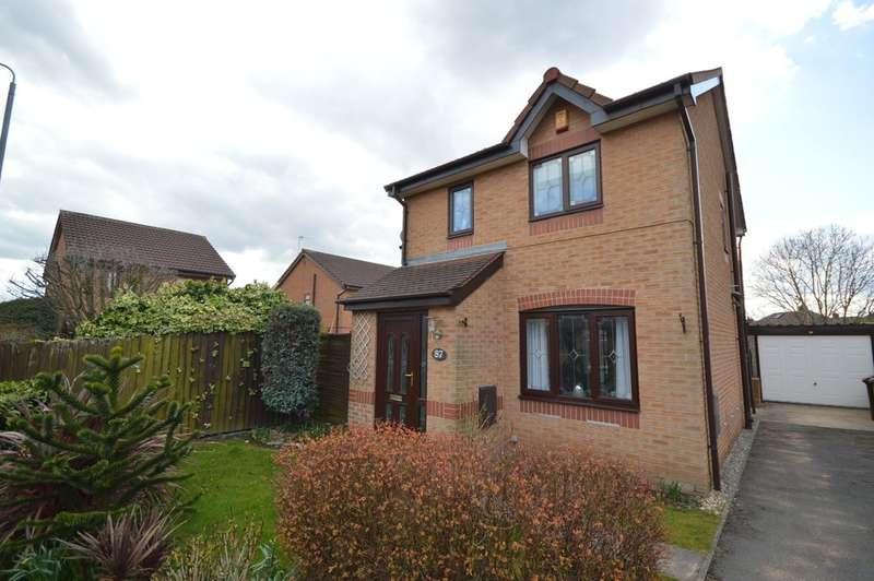 3 Bedrooms Detached House for sale in Parkinson Close, Eastmoor, Wakefield
