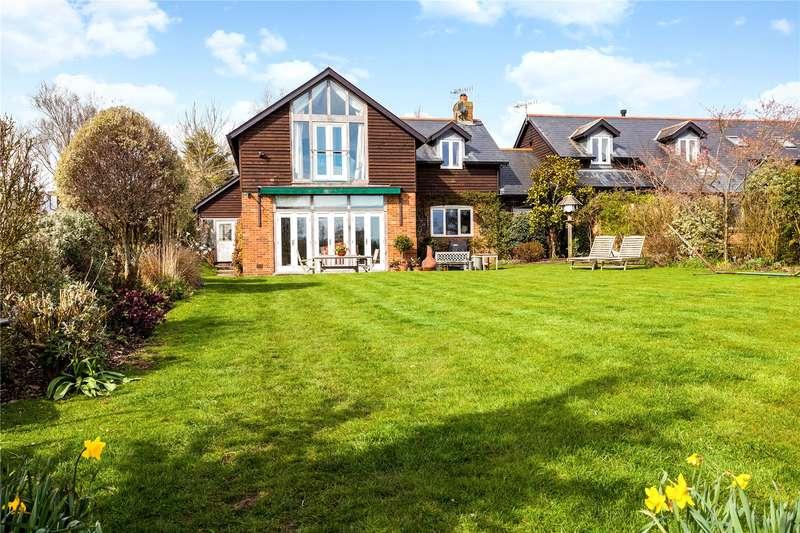 4 Bedrooms House for sale in Fishermans Reach, Quidhampton, Salisbury, Wiltshire, SP2