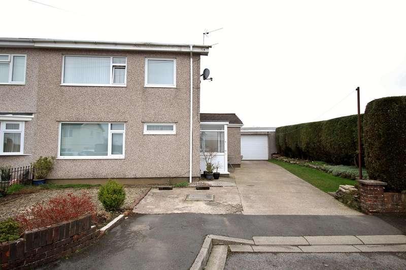 3 Bedrooms Semi Detached House for sale in Darren Court, Oakdale, Blackwood, NP12