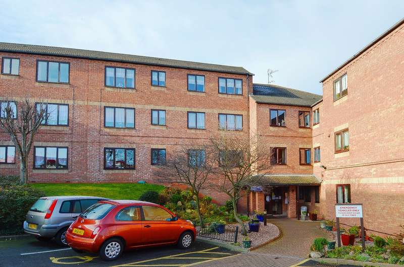 2 Bedrooms Flat for sale in Sandon Road, Bearwood, B66