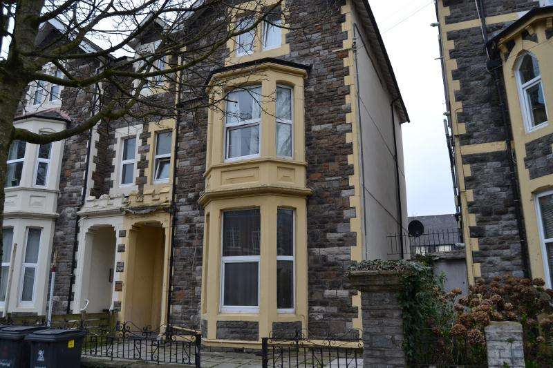 9 Bedrooms House Share for rent in 37, The Walk, Cathays, Cardiff, South Wales, CF24 3AG
