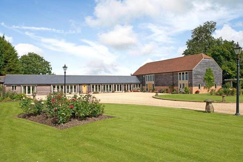 4 Bedrooms House for sale in West Tockenham, Wiltshire, SN4
