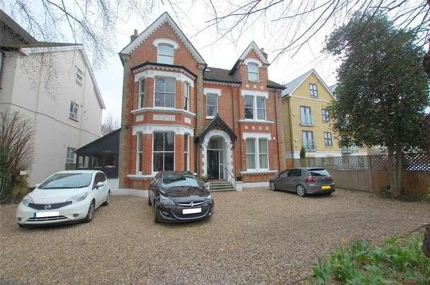 3 Bedrooms Flat for sale in Beckenham Road, BECKENHAM, Kent