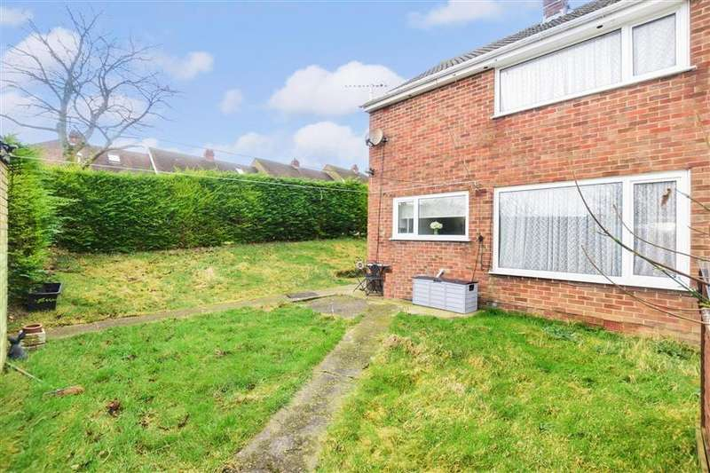 3 Bedrooms Semi Detached House for sale in Brunswick Gardens, Dover, Kent