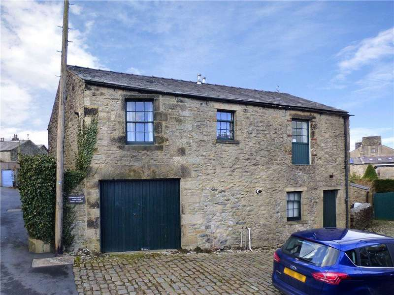 3 Bedrooms Barn Conversion Character Property for sale in Croft Barn, Duke Street, Settle