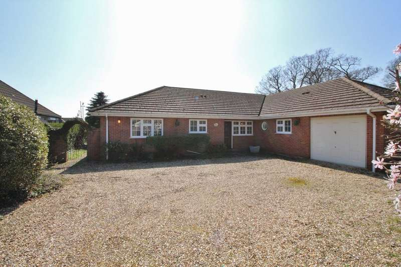 3 Bedrooms Detached Bungalow for sale in Church Road, Locks Heath