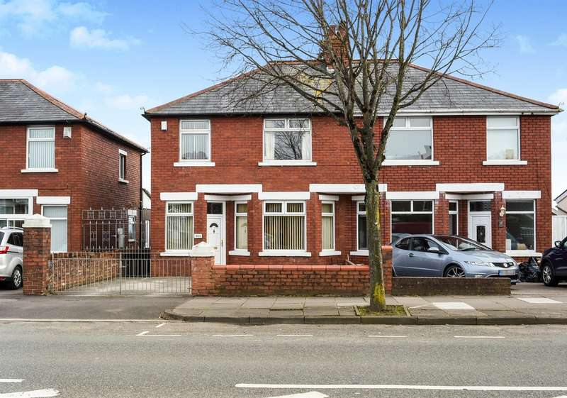 3 Bedrooms Semi Detached House for sale in Barry Road, Barry
