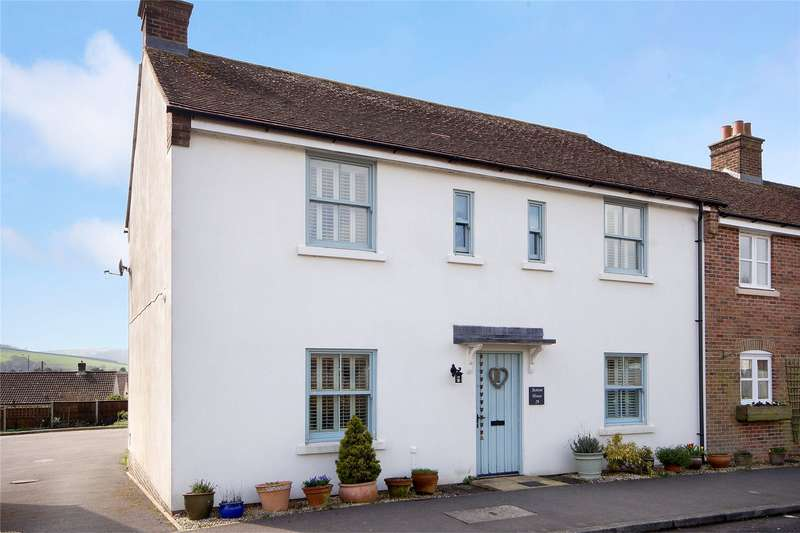4 Bedrooms End Of Terrace House for sale in Bull Lane, Maiden Newton, Dorchester, Dorset, DT2