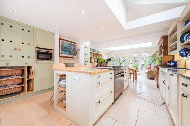 3 Bedrooms Terraced House for sale in Warwick Street, Oxford