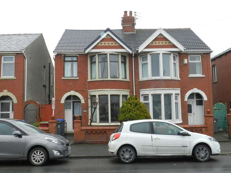 3 Bedrooms Semi Detached House for rent in Layton Road, Layton, Blackpool