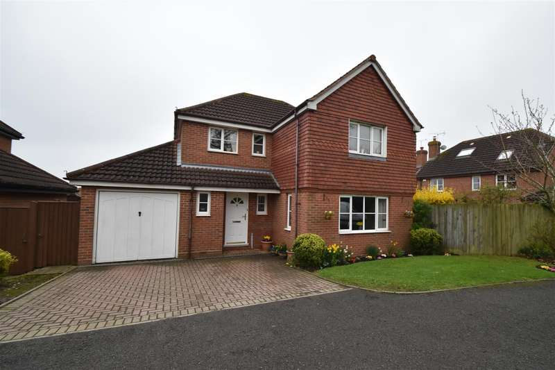 4 Bedrooms Detached House for sale in Fry Close, Worcester