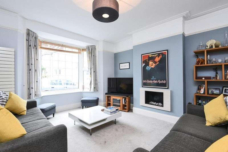 3 Bedrooms End Of Terrace House for sale in Torr Road, Penge