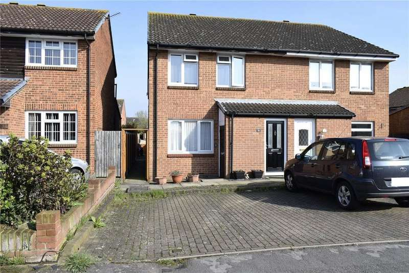 1 Bedroom Maisonette Flat for sale in Carbury Close, Hornchurch, RM12