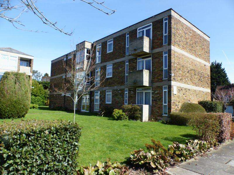 3 Bedrooms Apartment Flat for sale in Cressex Road, High Wycombe