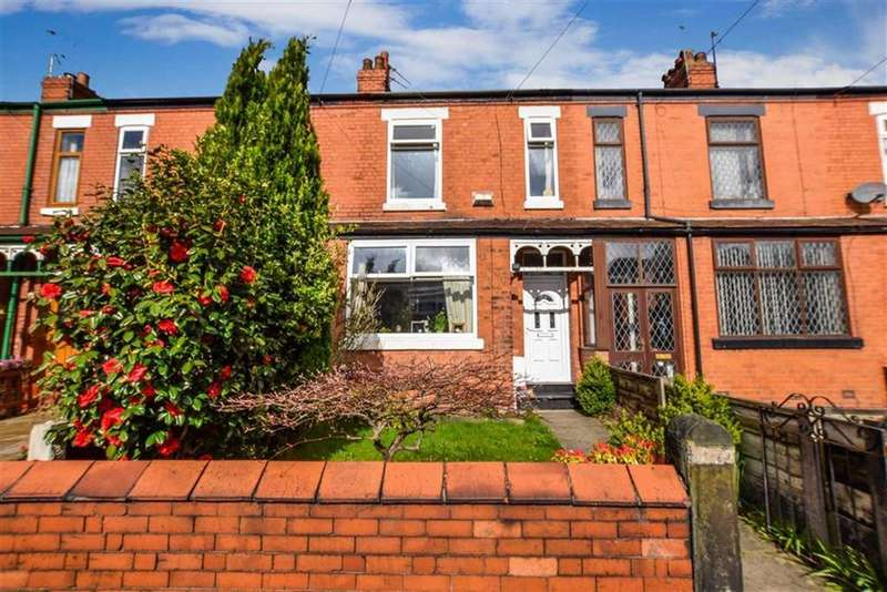 4 Bedrooms Terraced House for sale in Hawthorn Avenue, Timperley, Cheshire, WA15