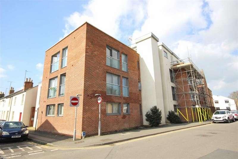 1 Bedroom Flat for sale in St Pauls Road, Cheltenham, GL50