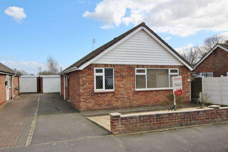 3 Bedrooms Bungalow for sale in Yarborough Road, Skegness
