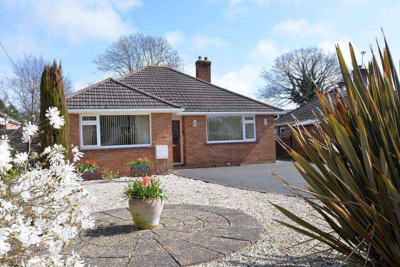 3 Bedrooms Detached Bungalow for sale in Ferndale Road, New Milton