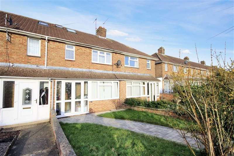 3 Bedrooms Terraced House for sale in Fonthill Walk, Old Walcot, Wiltshire