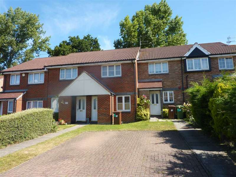 2 Bedrooms Terraced House for sale in Milland Court, Borehamwood