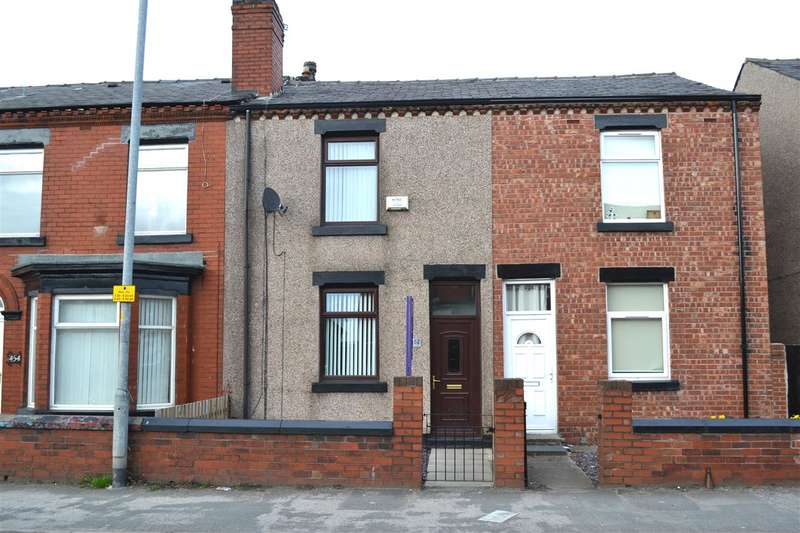 3 Bedrooms Terraced House for sale in Wigan Road, Leigh