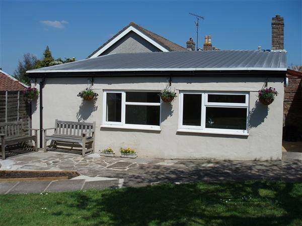 1 Bedroom Cottage House for rent in The Garden Cottage, 31 West Street, Weston-Super-Mare