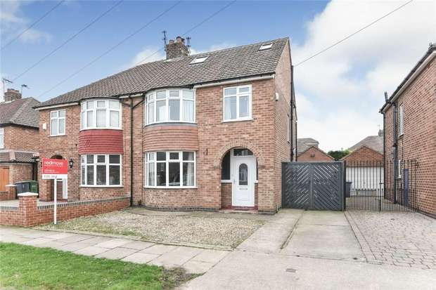 3 Bedrooms Semi Detached House for sale in Penyghent Avenue, Burnholme, YORK