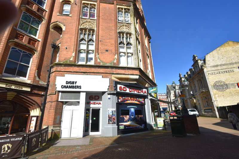 Shop Commercial for rent in 8 Post Office Road, Bournemouth, Dorset BH1 1BA