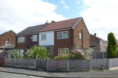 3 Bedrooms Semi Detached House for sale in St. Stephen Road, Great Sankey, Warrington, Cheshire