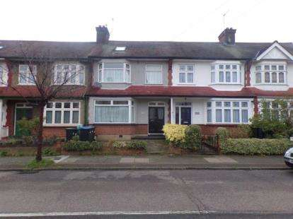 4 Bedrooms Terraced House for sale in Sketty Road, Enfield