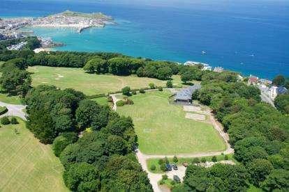 4 Bedrooms Detached House for sale in Tregenna Castle, St Ives