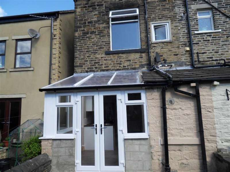 3 Bedrooms Terraced House for sale in Ashgrove, Greengates, West Yorkshire