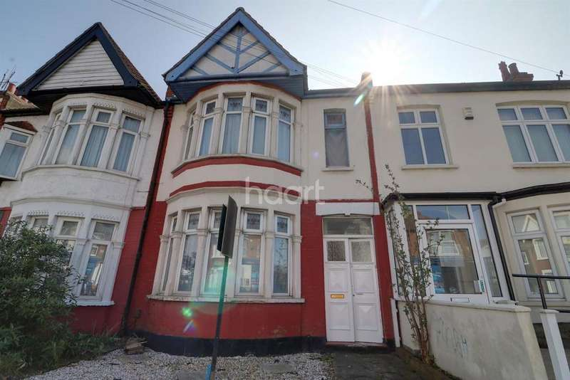 4 Bedrooms Terraced House for sale in West Road, Westcliff on Sea