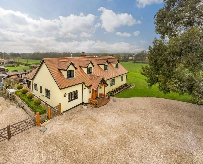 5 Bedrooms Detached House for sale in Cock Clarks, Chelmsford