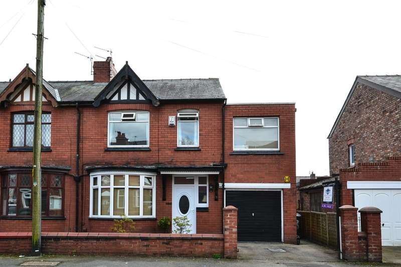 3 Bedrooms Semi Detached House for sale in Dawson Avenue, Wigan
