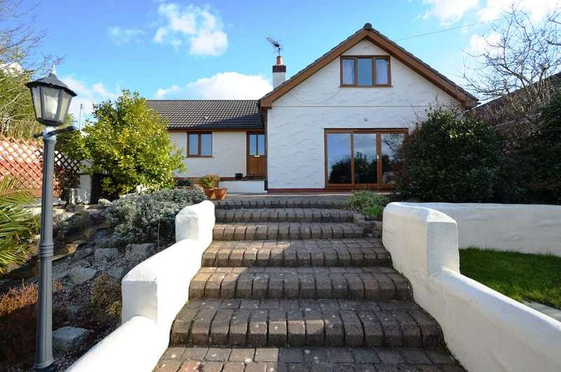 4 Bedrooms Detached House for sale in CONSTANTINE