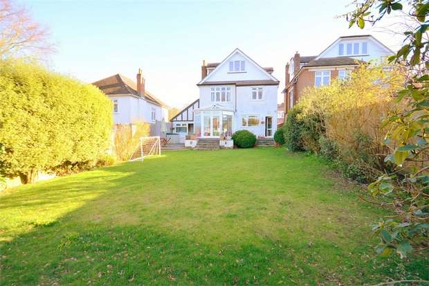 5 Bedrooms Detached House for sale in Hadden Road, Queens Park, Bournemouth