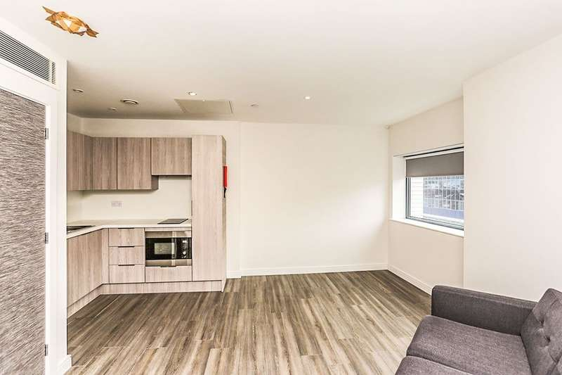 2 Bedrooms Flat for rent in Redvers House Union Street, Sheffield, S1