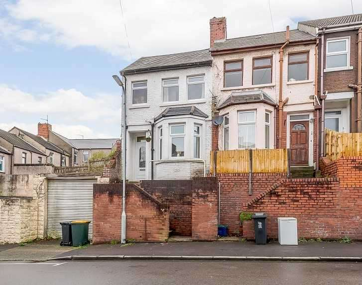 3 Bedrooms Terraced House for sale in Brynglas Avenue, Newport