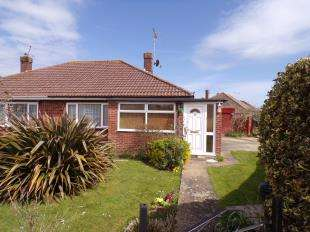 2 Bedrooms Bungalow for sale in Greenwood Avenue, Bognor Regis, West Sussex