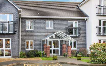 1 Bedroom House For Sale In Fair Park Road Cornwall
