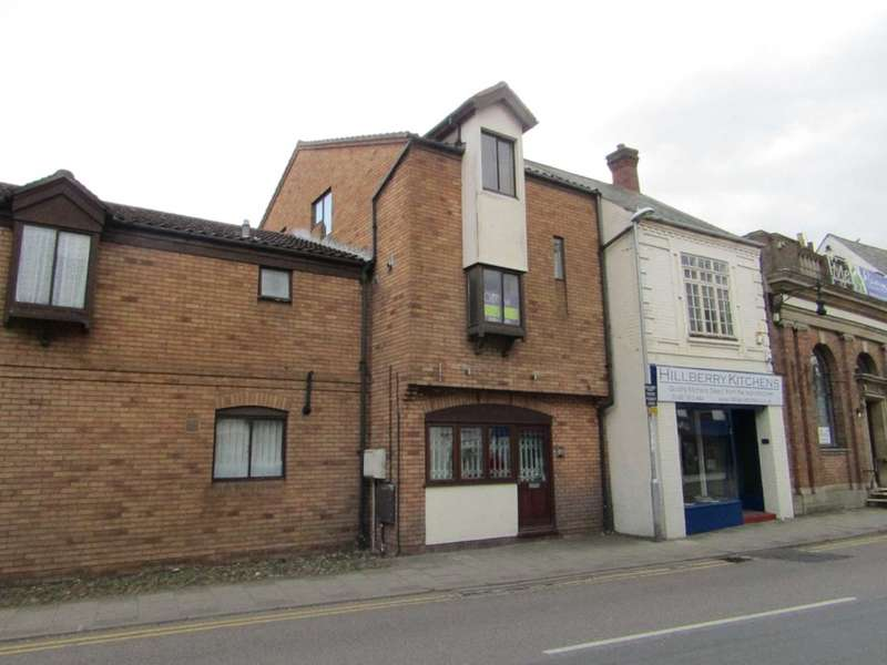 3 Bedrooms Maisonette Flat for sale in High Street, Ramsey